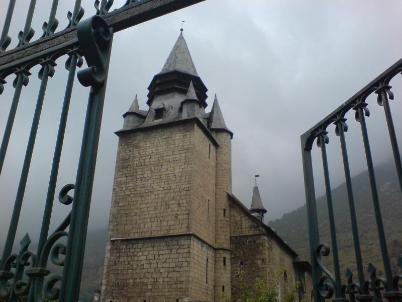 Campan Church