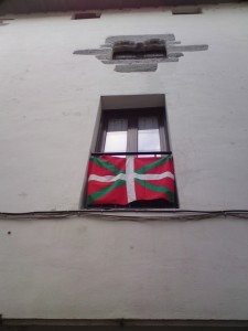Basque Flag: the Ikkurina